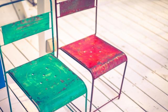 家具の色を変えるときはペンキでお手軽に塗り替えよう