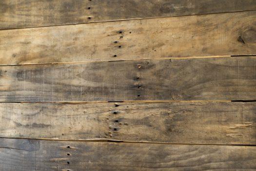 木製テーブル、そのお手入れ法で大丈夫?
